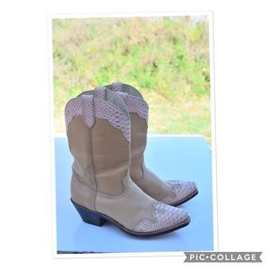 Dunrago boots!